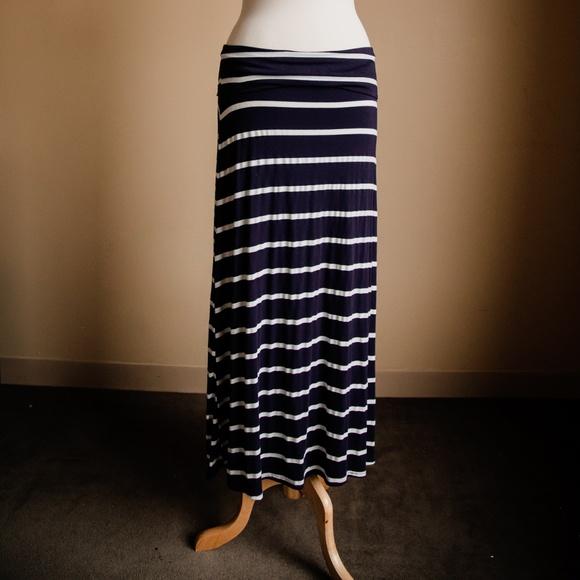 Windsor Dresses & Skirts - Windsor Navy Striped Skirt